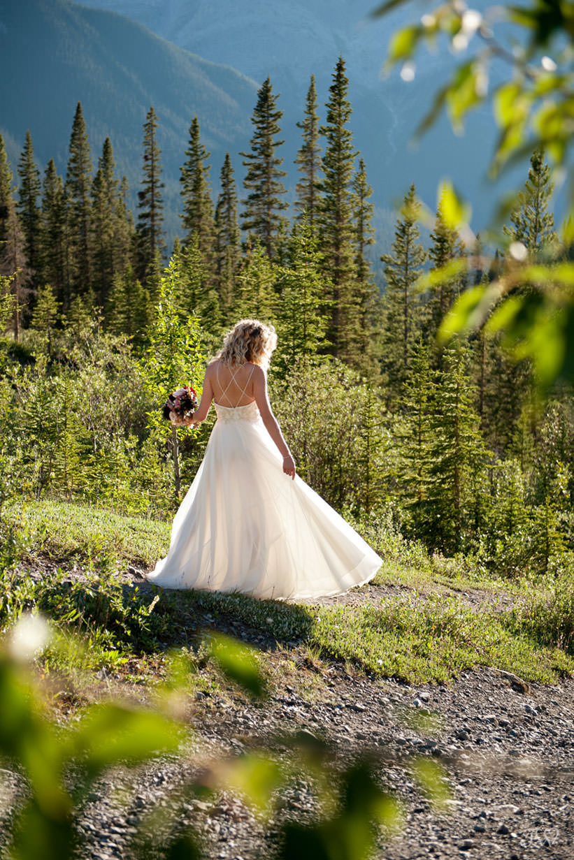 Canmore bride wearing Marina Semone captured by Tara Whittaker Photography