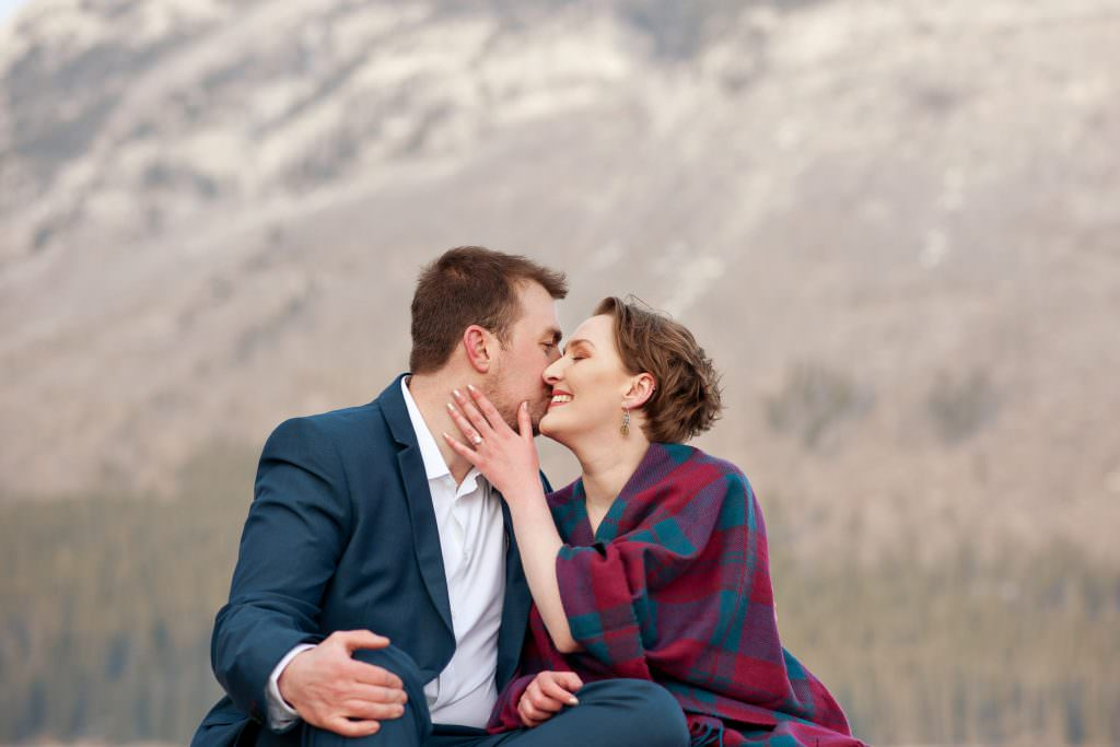 couple at Lake Minnewanka Calgary engagement sessions by Tara Whittaker Photography