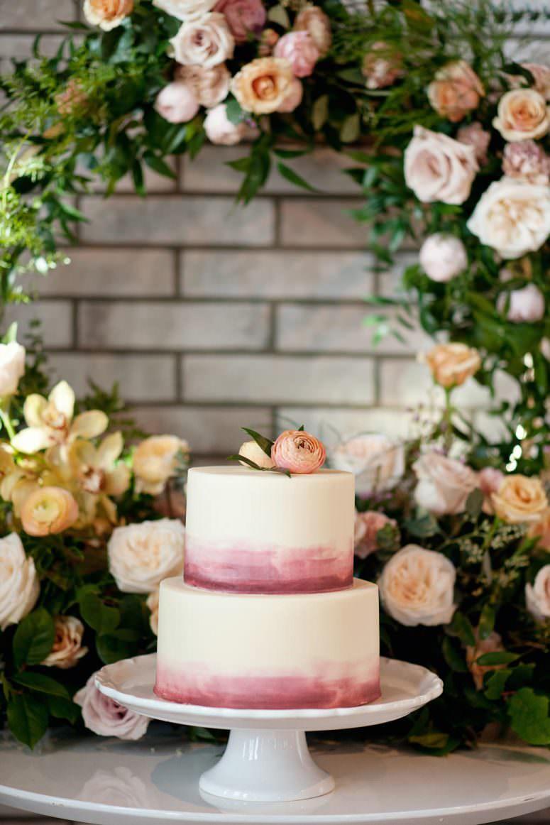 Wedding cake from Crave Calgary wedding portfolio for Tara Whittaker Photography