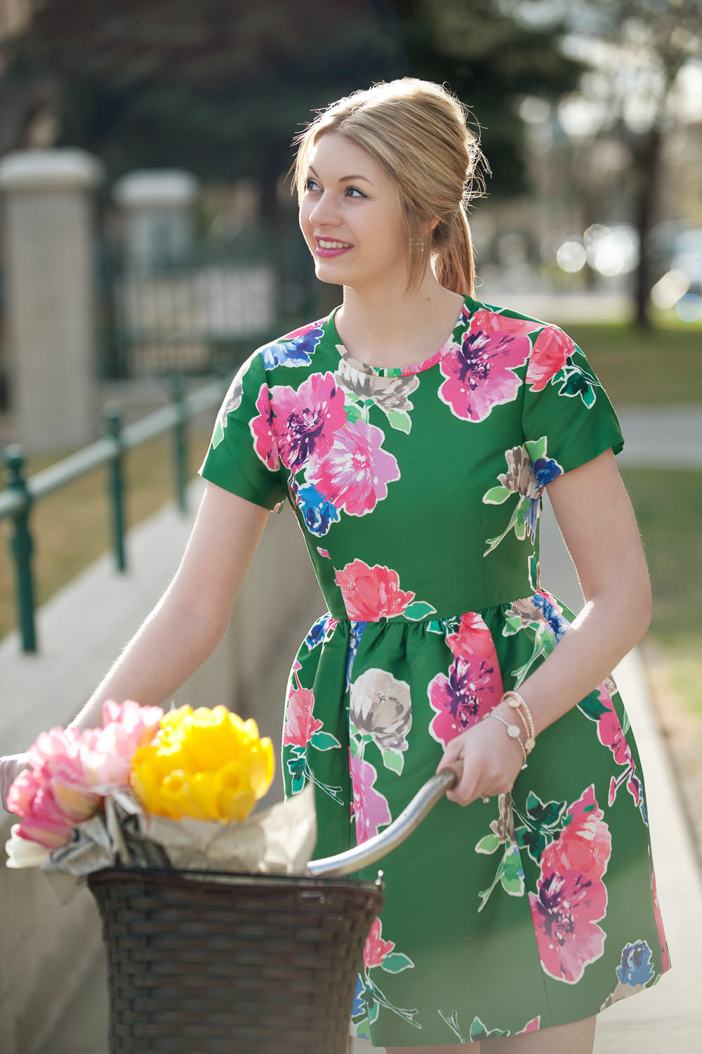 Ashley wearing Kate Spade captured by Calgary lifestyle photographer Tara Whittaker