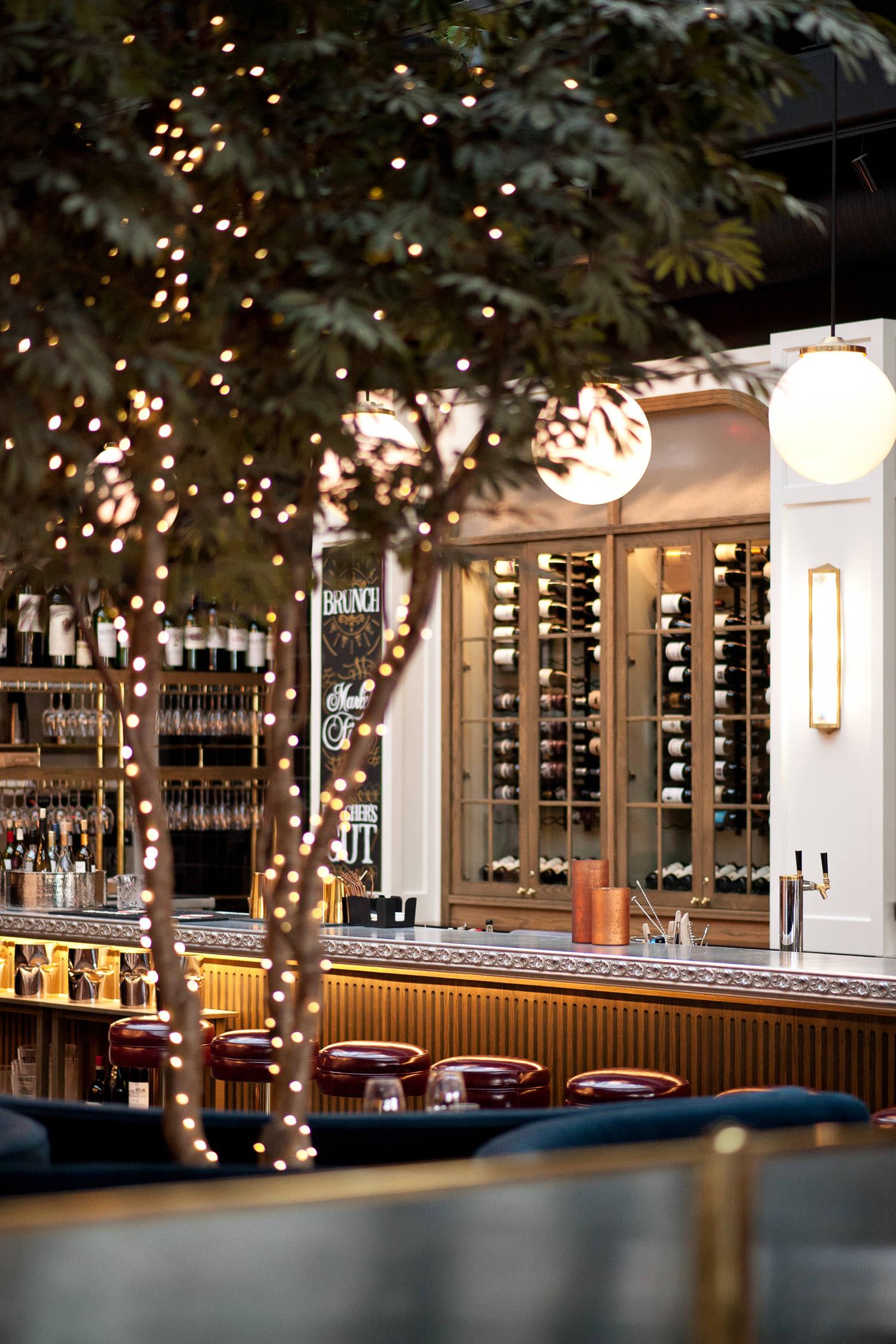 interior of Royale restaurant on 17th Avenue captured by Calgary wedding photographer Tara Whittaker