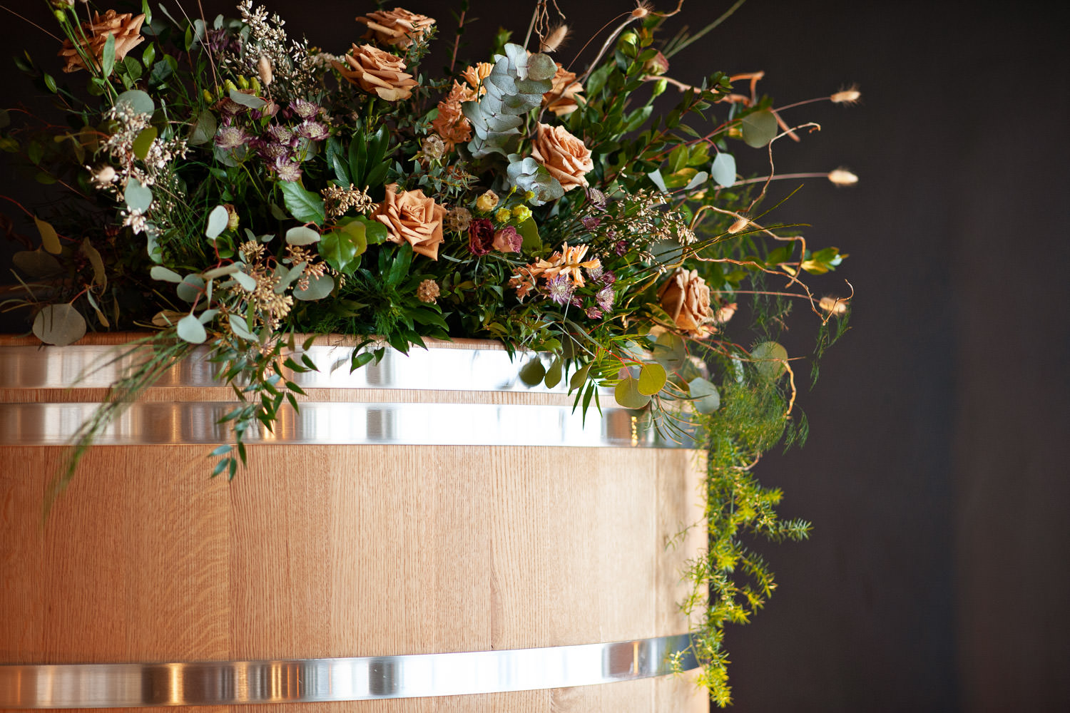 Florals by Sweet Bloom at an Annex Ale Project wedding captured by Tara Whittaker Photography