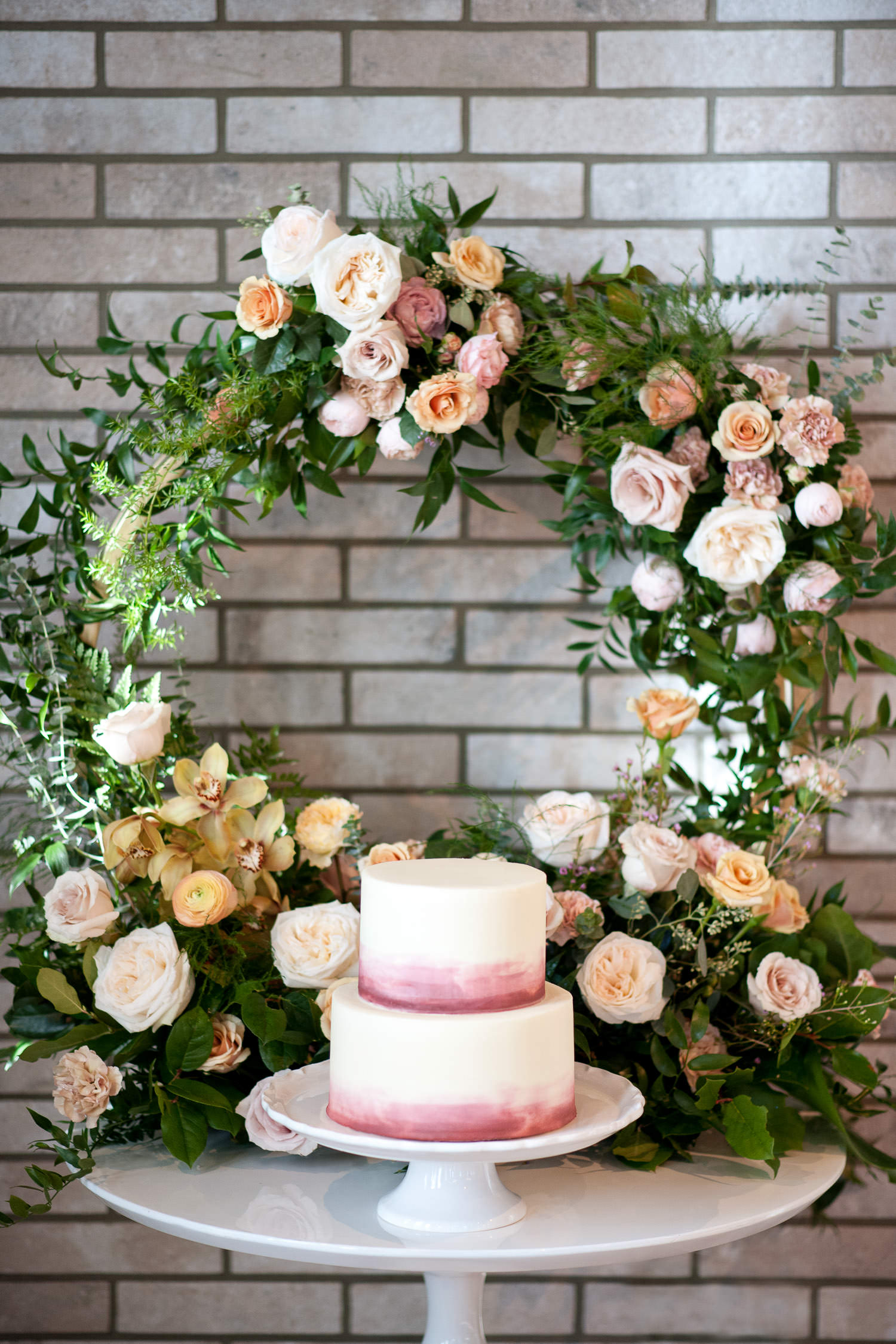 Wedding cake by Crave captured by Calgary wedding photographer Tara Whittaker