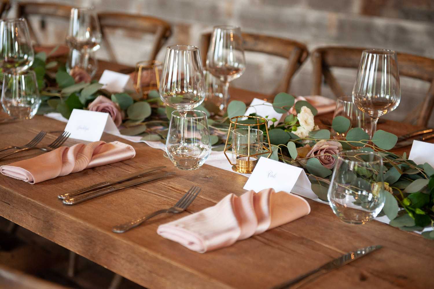 Tabletop decor at a Creekside Villa wedding in Canmore captured by Tara Whittaker Photography